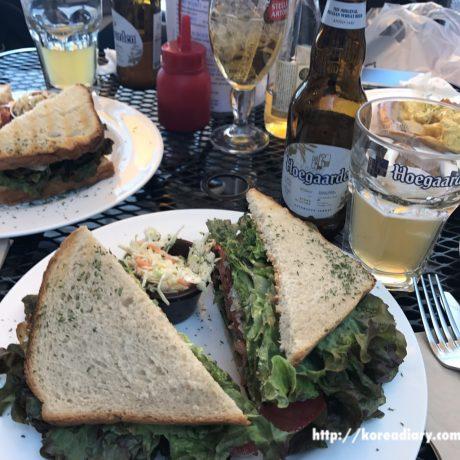梨泰院のBAKERS TABLEでランチとビール。