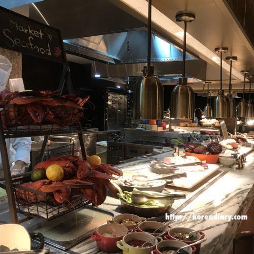 フォーシーズンズのThe Market Kitchenでランチビュッフェ♪