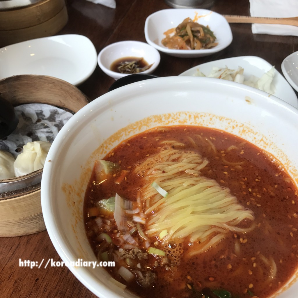 カロスキルの人気の中華 柱子チュジュで担々麺♪