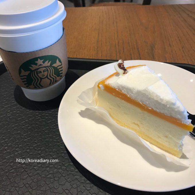 韓国スタバ 済州タンジェリンチーズケーキなど♪