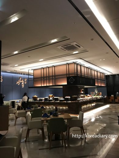 龍山ドラゴンシティ ノボテルアンバサダーホテル Food Exchange