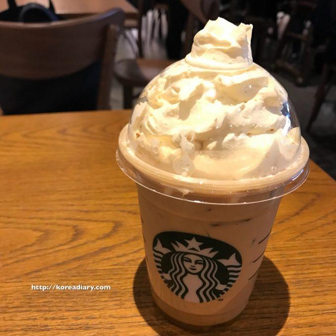 韓国スタバ アイスシュークリームラテ♪