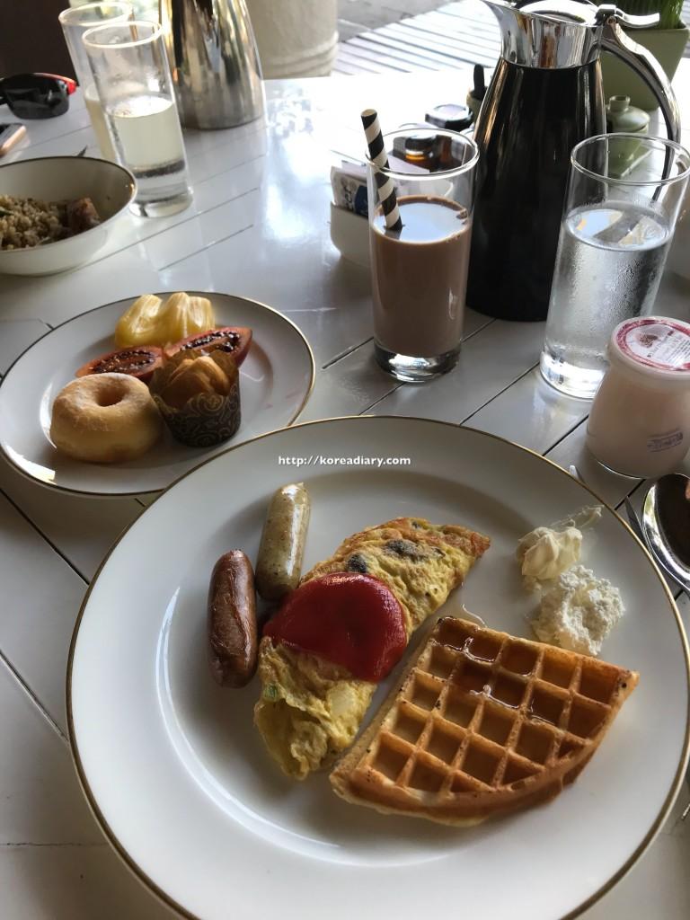 インターコンチネンタル バリでの朝食♪INTERCONTINENTAL Bali Resort