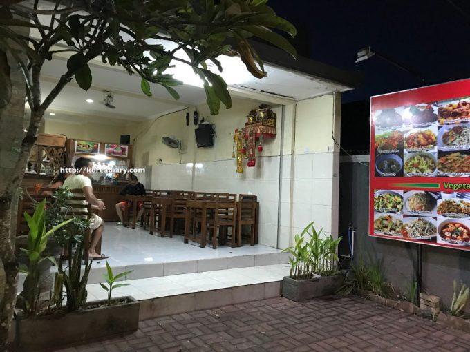 イビススタイルズ バリ ベノア周辺で食事など♪Ibis Styles Bali Benoa