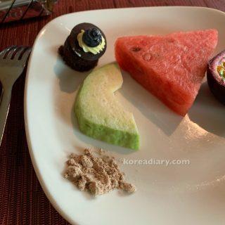 台北市 グランドビクトリアホテルのレストランなど。