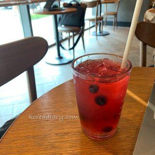 韓国スタバ ピンクベリーユースベリー♪